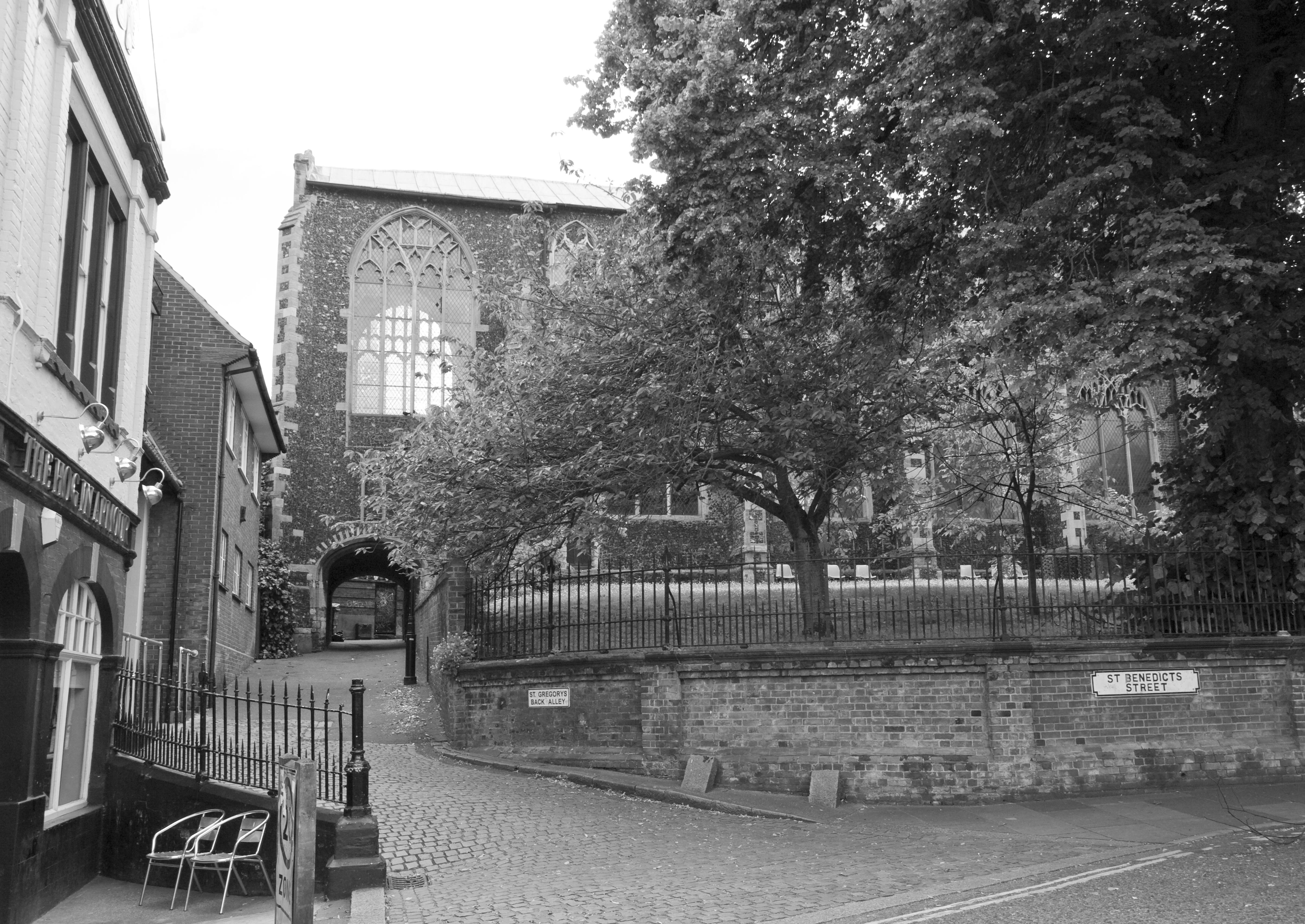 Art history faculty news for Mcdonalds norwich ny