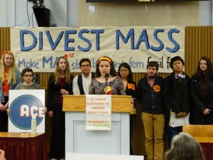 Kerry Brock of the Student-Organized Climate Action Network (SOCAN) addresses a Global Divestment Day gathering at the Massachusetts Statehouse. (The Berkshire Edge)