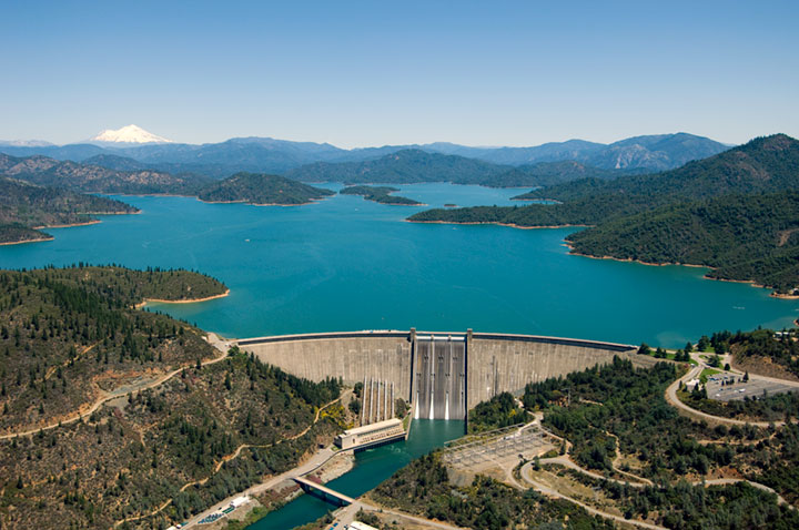 Aerial view of Shasta Dam, California, USA, by Robert Campbell (https://en.wikipedia.org/wiki/Shasta_Dam#/media/File:Aerial_view_-_Shasta_Dam_CA.jpg