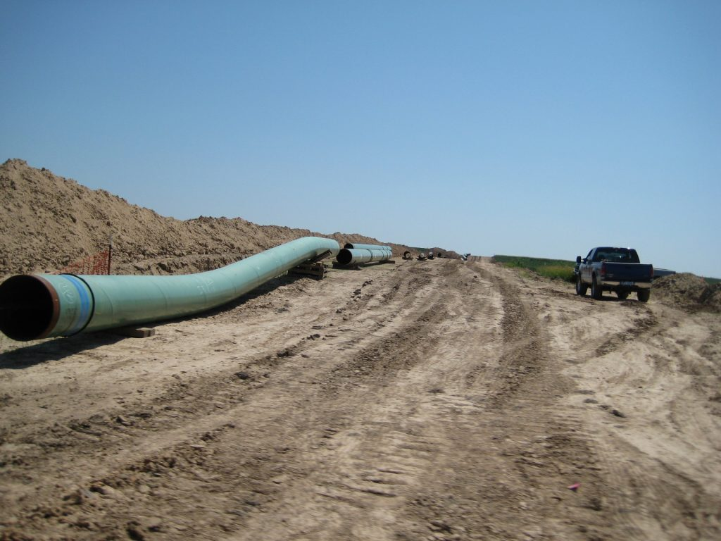 Land required for pipelines may be extensive and the construction process may be disruptive. Photo credit: Wikipedia