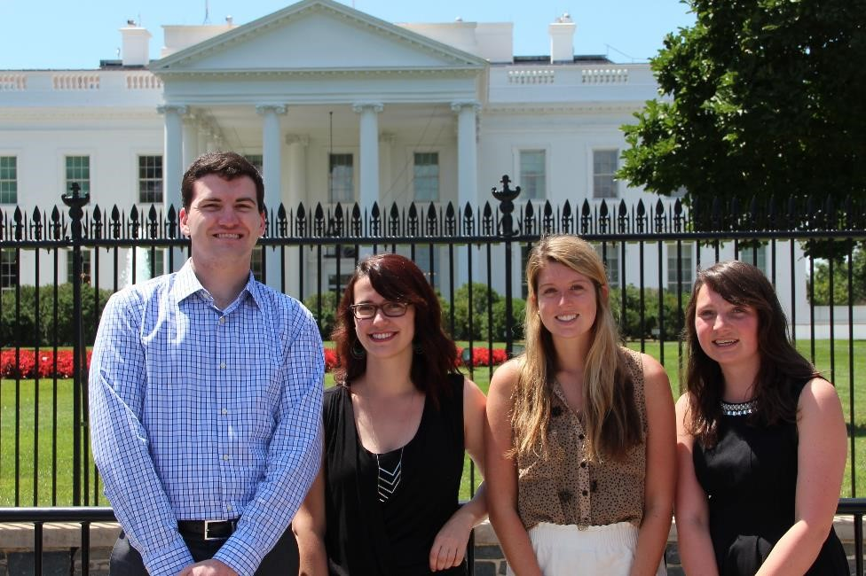 EESI summer interns at the White House